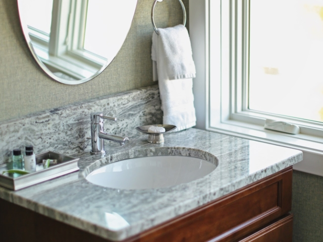 Eagle Point Golf Club - Accommodations - Bathroom 2