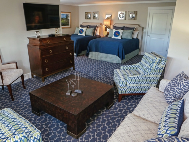Eagle Point Golf Club - Accommodations - Bedroom 1