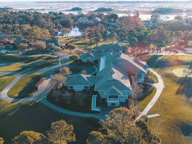 Eagle Point Golf Club - Clubhouse - Aerial 1