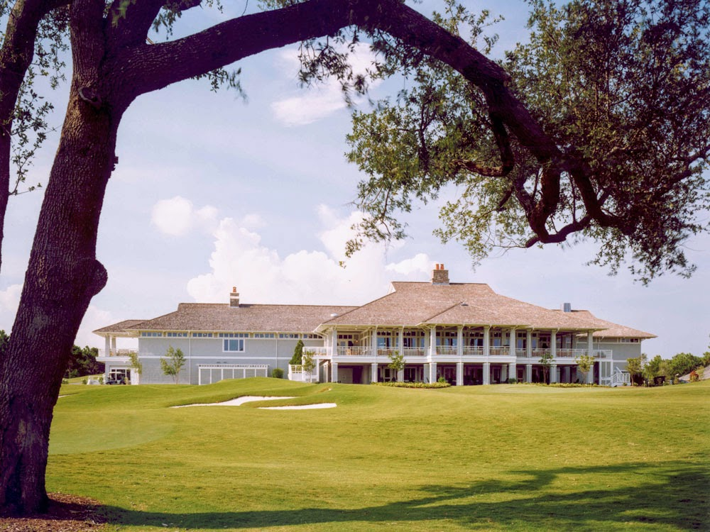 Eagle Point Golf Club - Clubhouse - Exterior 1