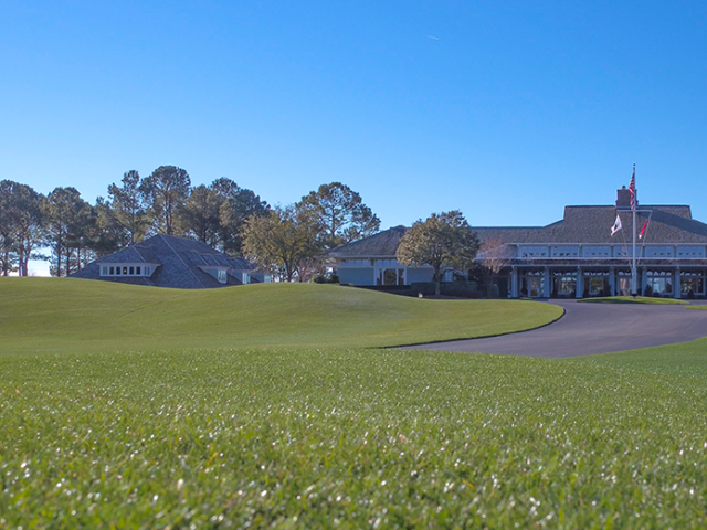 Eagle Point Golf Club - Clubhouse - Exterior 3